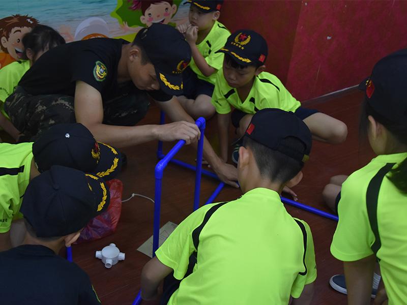 「广州暑假夏令营」努力克服自己的性格缺陷
