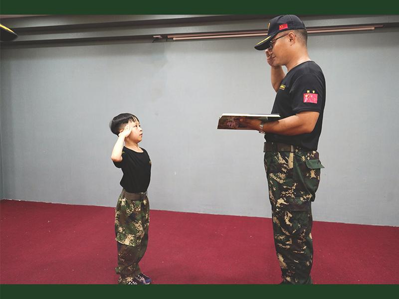 家长必读   疫情期间,教育孩子就是你的事业!-广州狼王军事夏令营